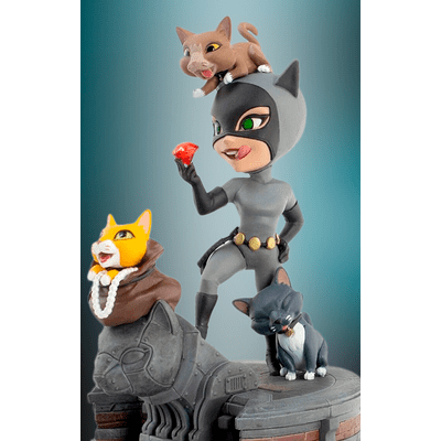 catwoman-q-fig
